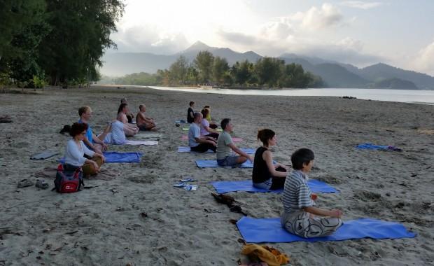 Stage Yoga Thaïlande Meditation lever du jour
