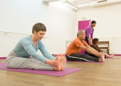 Cours Yoga avancé hatha exercices posture yogamanjali filla brion Paris 20